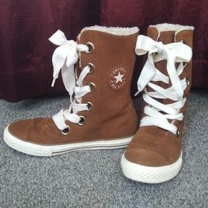Converse Beverly Suede Boot